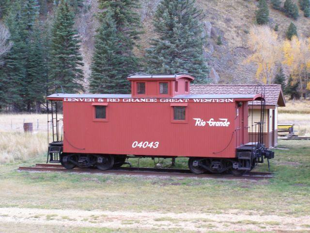 33737 Wagon mieszkalny, czerwony