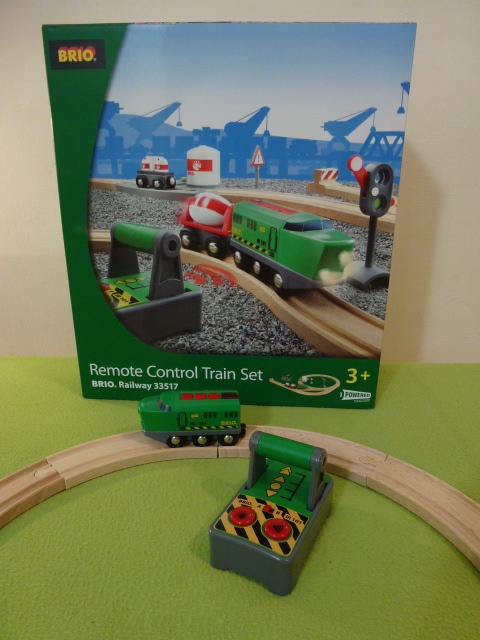 33517 Bocznica kolejowa - przemysłowa z lokomotywą na pilota