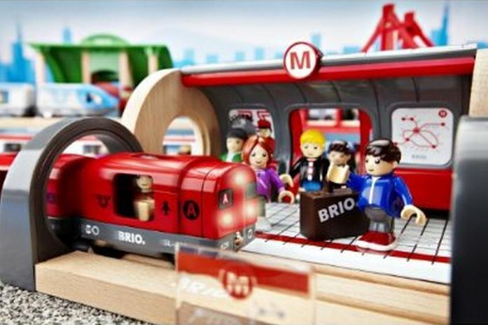 33513 Metro - kompletna makieta kolejki podziemnej (światło i dźwięk)