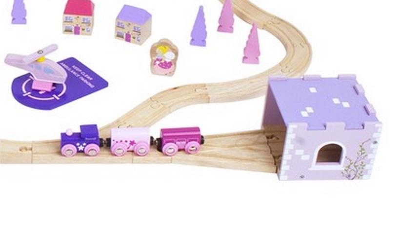 BJT023 Dla księżniczki wielki zestaw kolejowy