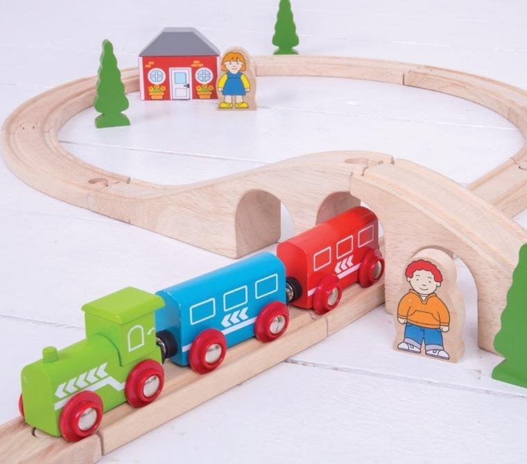 BJT012 Kompletna ósemka z pociągiem i dekoracjami