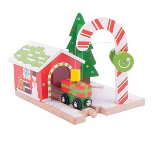 Dźwig świąteczny z wagonikiem pełnym prezentów - Bigjigs